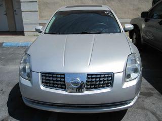 2005 Nissan Maxima 3.  5 Sl photo