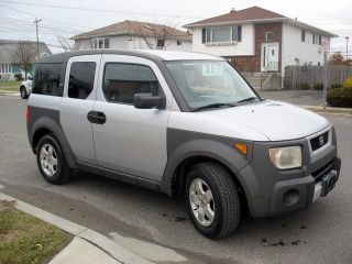 2003 Honda Element Ex Sport Utility 4 Wheel Drive 4 - Door 2.  4l photo