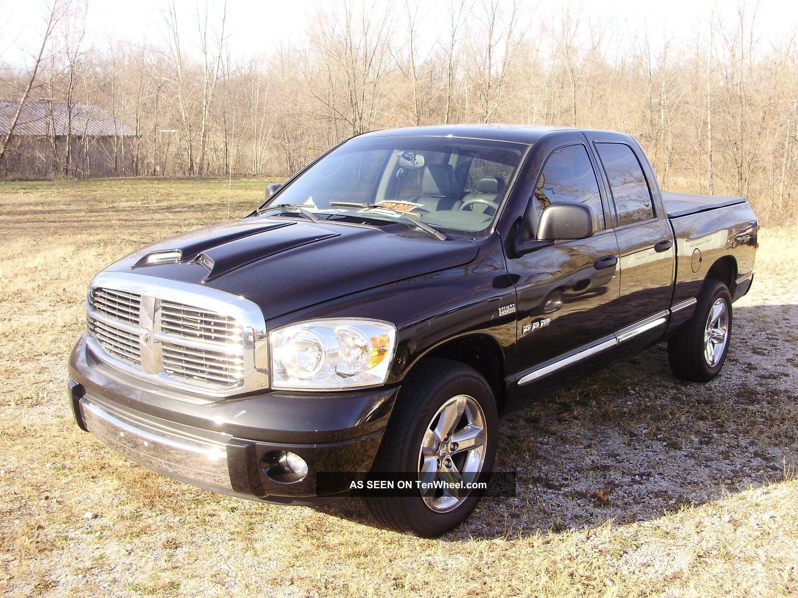 2008 dodge ram 1500 laramie quad cab pickup 4 door 5 7l. Black Bedroom Furniture Sets. Home Design Ideas