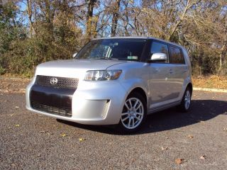 2010 Scoin Xb 2.  4l Auto 41k,  Cd,  Spoiler,  Very Toyota,  10 photo