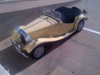Mg - Td2 1953 995 Mi On Frame Off,  Gorgeous,  Correct,  Never Raced Wow Car photo