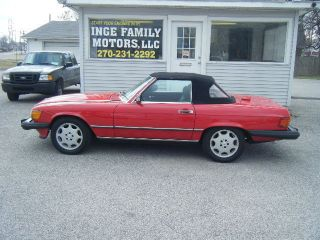 1987 Mercedes 560 Sl,  Red With Both Tops. photo