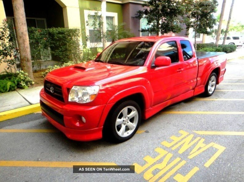 2007 Toyota Tacoma X - Runner Extended Cab Pickup 4 - Door 4.  0l With Bed Cover Tacoma photo