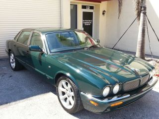 2001 Jaguar Xjr Classic British Racing Green photo