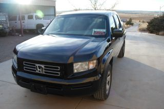 Honda Ridgeline - 2006 - Great Shape,  Great Little Pickup photo