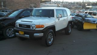 2013 Toyota Fj Cruiser Best Deal On Ebay Stop Buy & Take A Look Today photo
