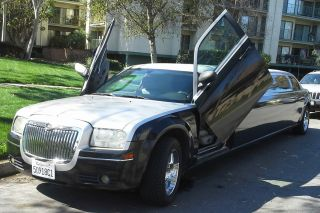 2006 Chrysler 300 Customized Lamborghini Doors 120