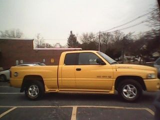 2000 Dodge Ram 1500 Sport Extra Cab 2 Wheel Drive 5.  2 Rumble Bee Yellow photo