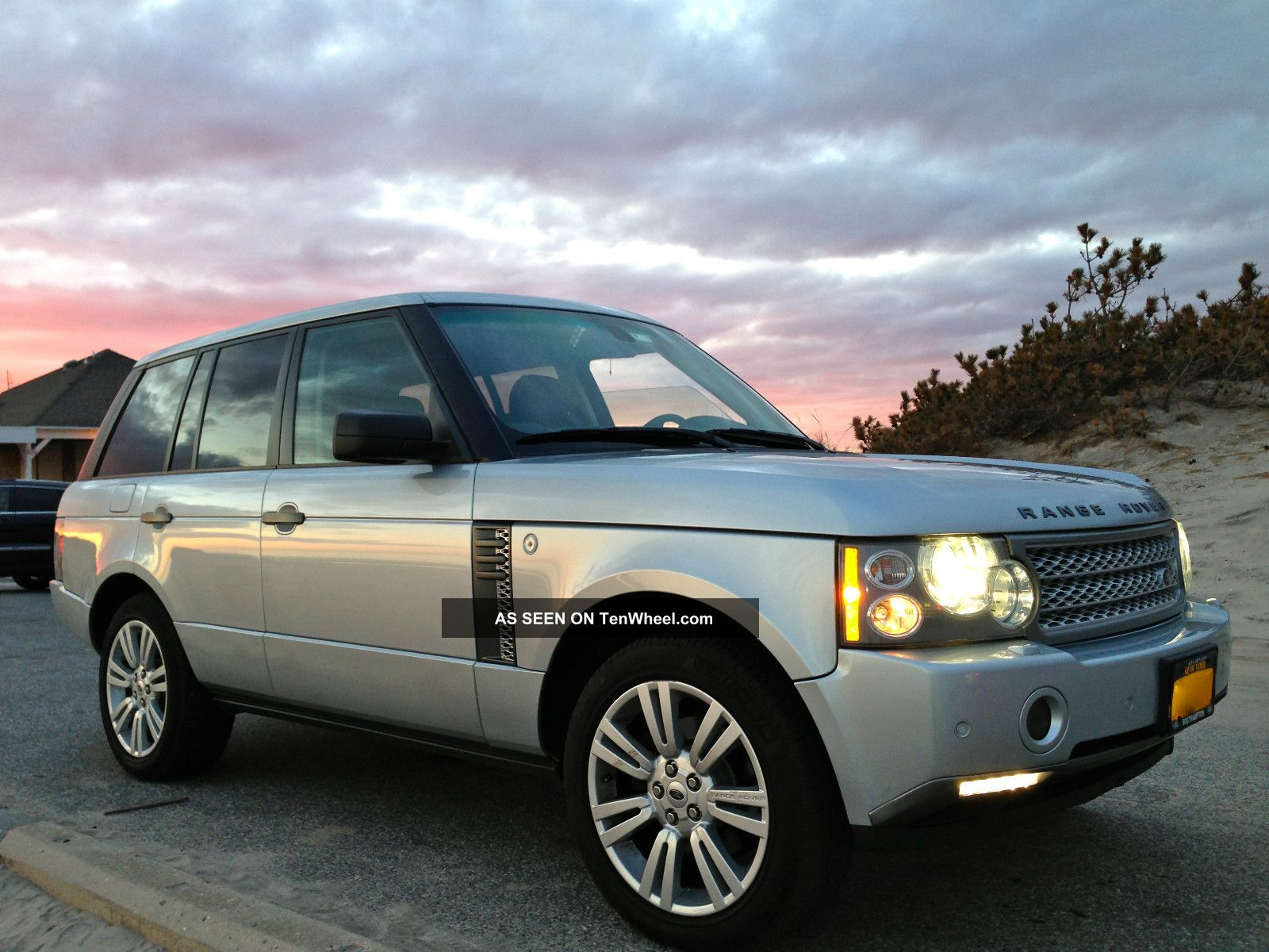 2007 land rover range rover hse sport utility 4 door 4 4l. Black Bedroom Furniture Sets. Home Design Ideas