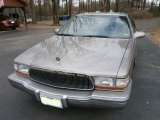 1996 Buick Roadmaster Limited Collector ' S Ed V8 5.  7l Sedan photo