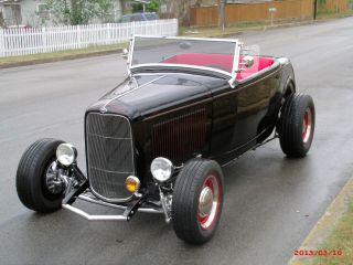 1932 Ford Roadster Hot Rod photo