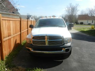 2004 Dodge Ram 3500 Turbo Diesel 5.  9 L Cummins photo