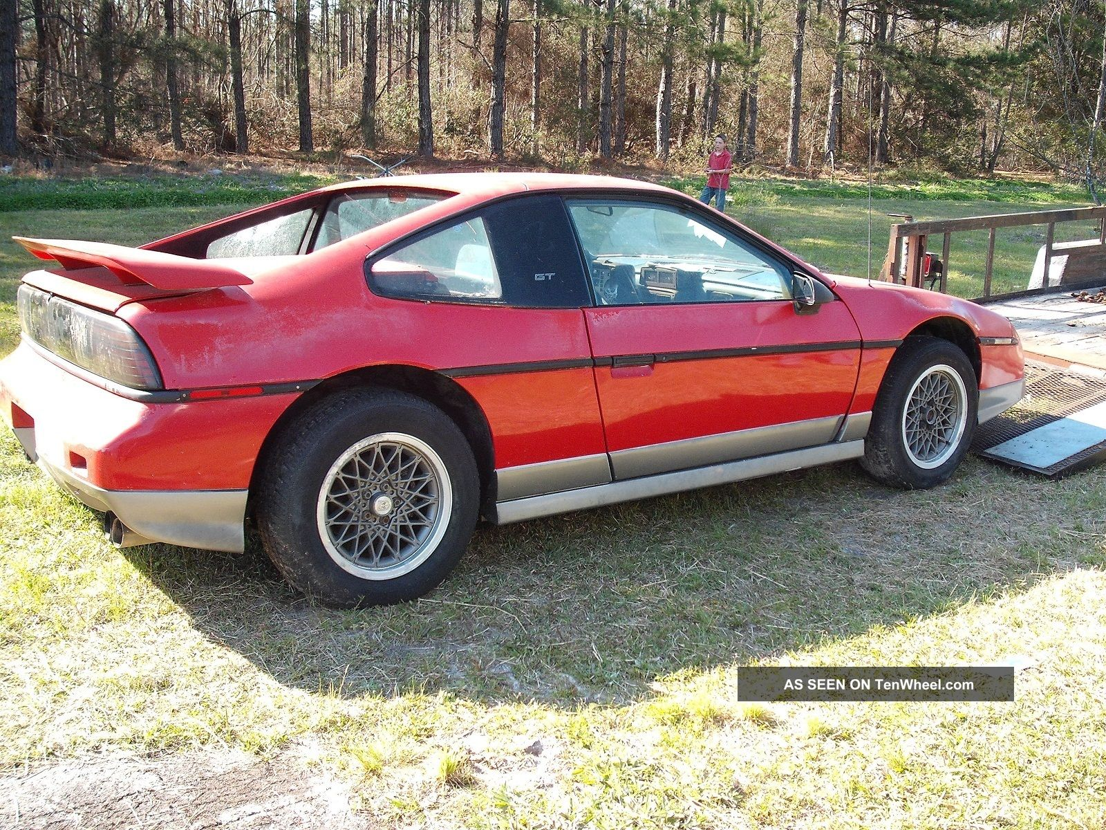 1986 pontiac fiero gt coupe 2 door 2 8l. Black Bedroom Furniture Sets. Home Design Ideas