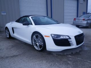 2011 Audi R8 Convertable Nj Flood Title Up To Seats 20k Repair Value $165k photo
