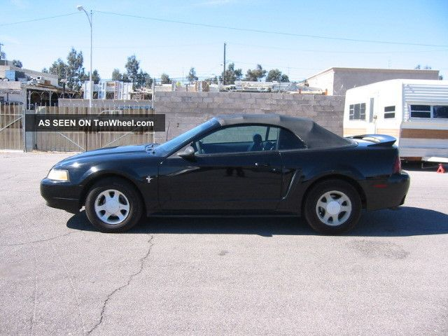 2000 Ford Mustang Convertable