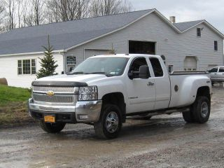2008 Chevy Silverado 3500 4x4 Durmax Diesel photo
