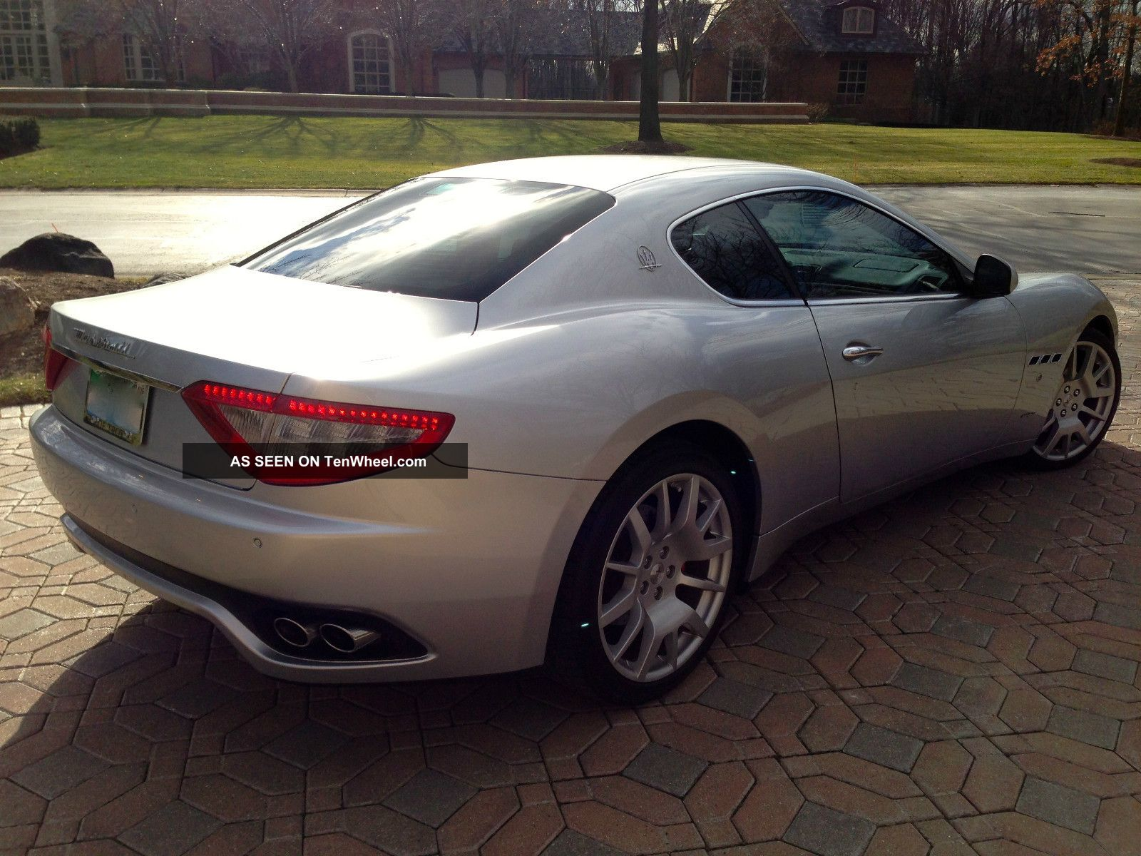 2008 maserati granturismo base coupe 2 door 4 2l. Black Bedroom Furniture Sets. Home Design Ideas