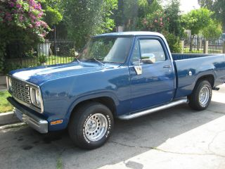 Blue 1978 Dodge D100 Short Bed photo