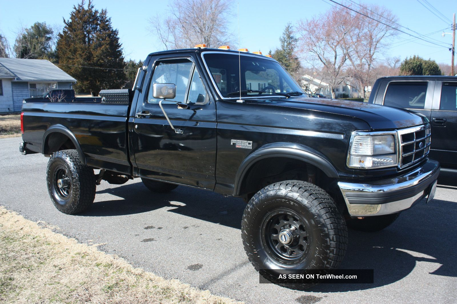 1992 ford f 250 xlt lariat standard cab pickup 2 door. Black Bedroom Furniture Sets. Home Design Ideas