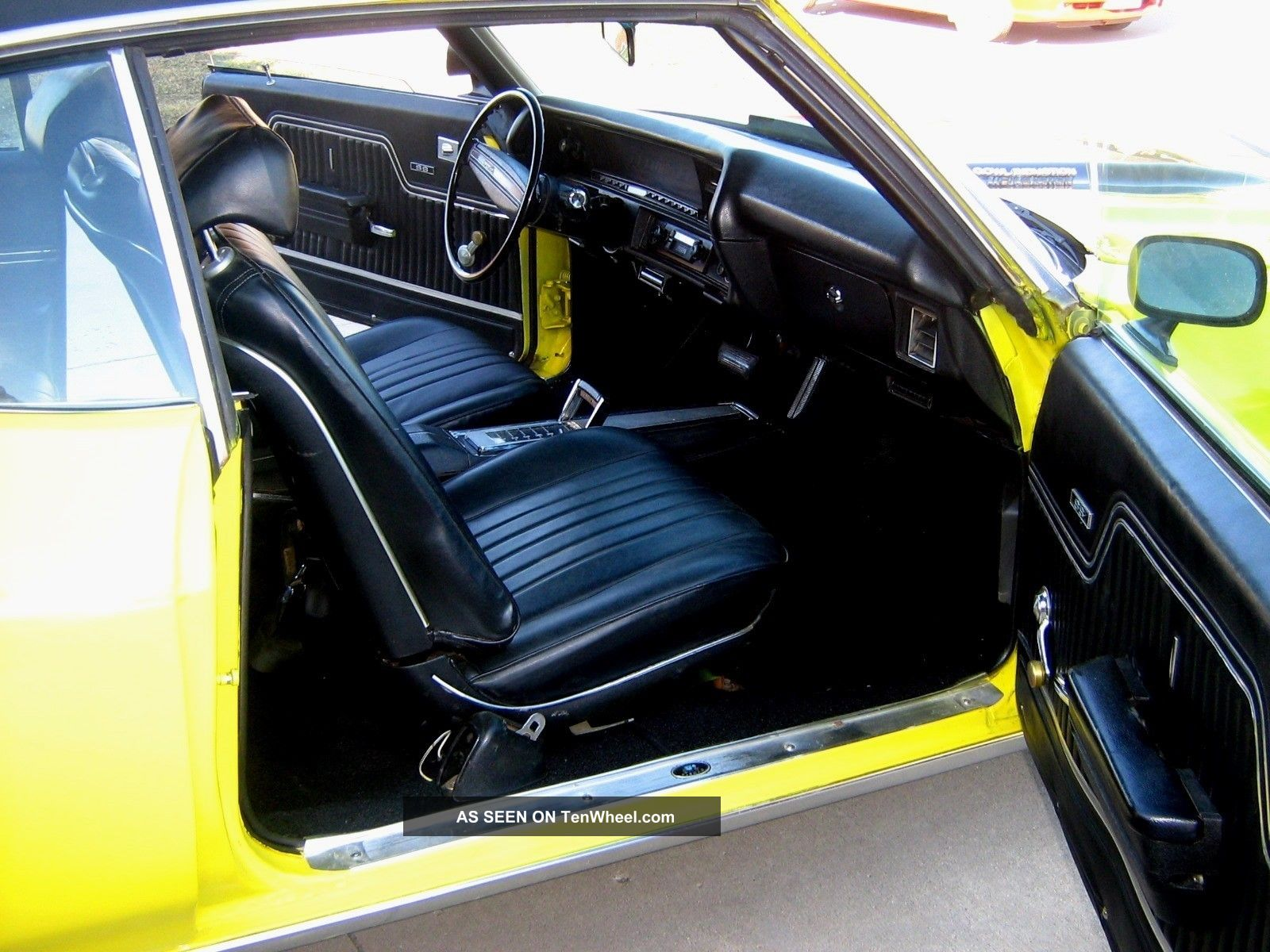 1972 two door 350 v8 chevelle ss yellow black interior s matching car. Black Bedroom Furniture Sets. Home Design Ideas