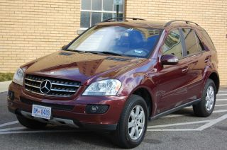 2007 Mercedes - Benz Ml350 Base Sport Utility 4 - Door 3.  5l photo