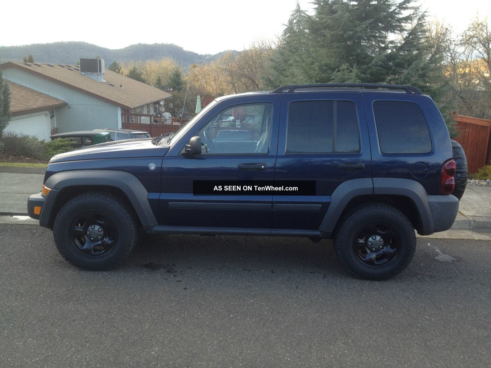 2007 jeep liberty 4x4 trail rated 3 7 liter v6 automatic. Black Bedroom Furniture Sets. Home Design Ideas