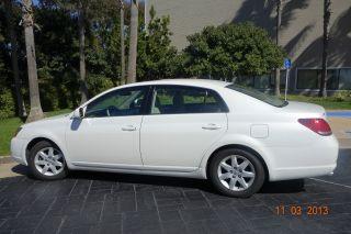 2005 Toyota Avalon Xl Sedan 4 - Door 3.  5l photo