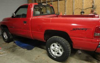 1996 Dodge Ram 1500 5.  2 V8 4x4 photo