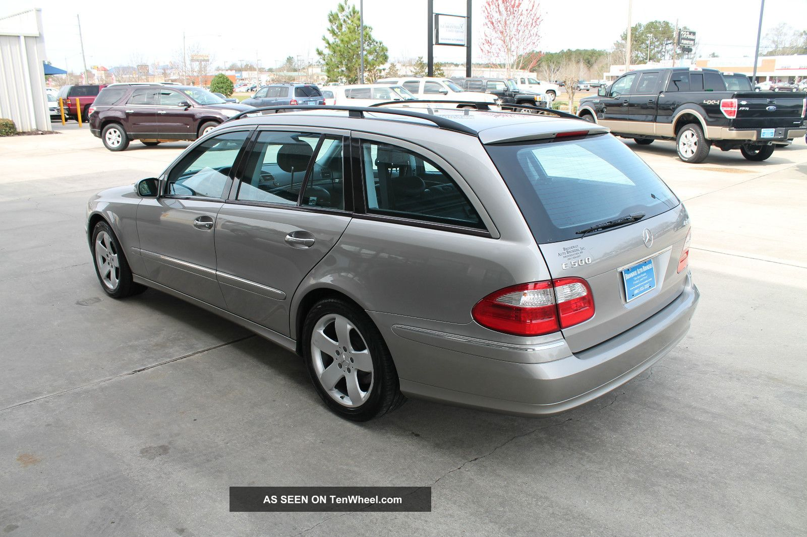 2004 mercedes benz e500 4matic wagon 4 door 5 0l for Mercedes benz wagons