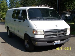1995 Dodge Ram 2500 Cargo Ven photo