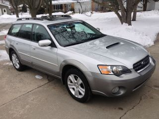 2005 Subaru Outback 2.  5 Xt Limited photo