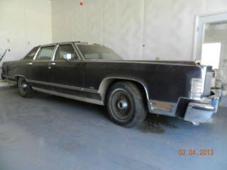 1978 Lincoln Town Car photo