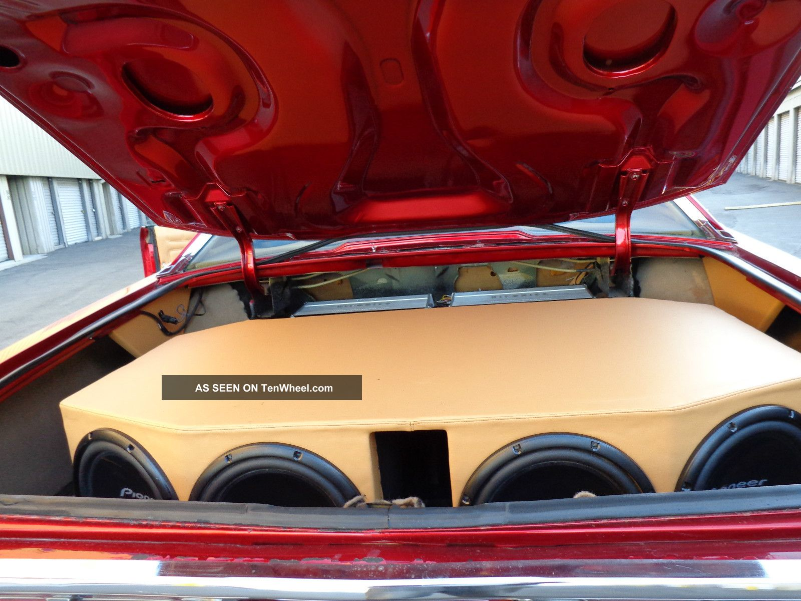 1973 chevrolet impala candy apple red paint peanut butter interior 26in rims. Black Bedroom Furniture Sets. Home Design Ideas