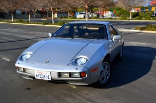 1978 Porsche 928 144 5spd Manual photo