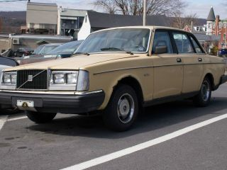 1983 Volvo 240 - Great Project Car photo