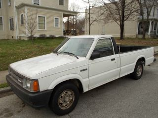 86 Mazda B2000 Long Bed Truck 95k Orig Mi 5 Speed White photo