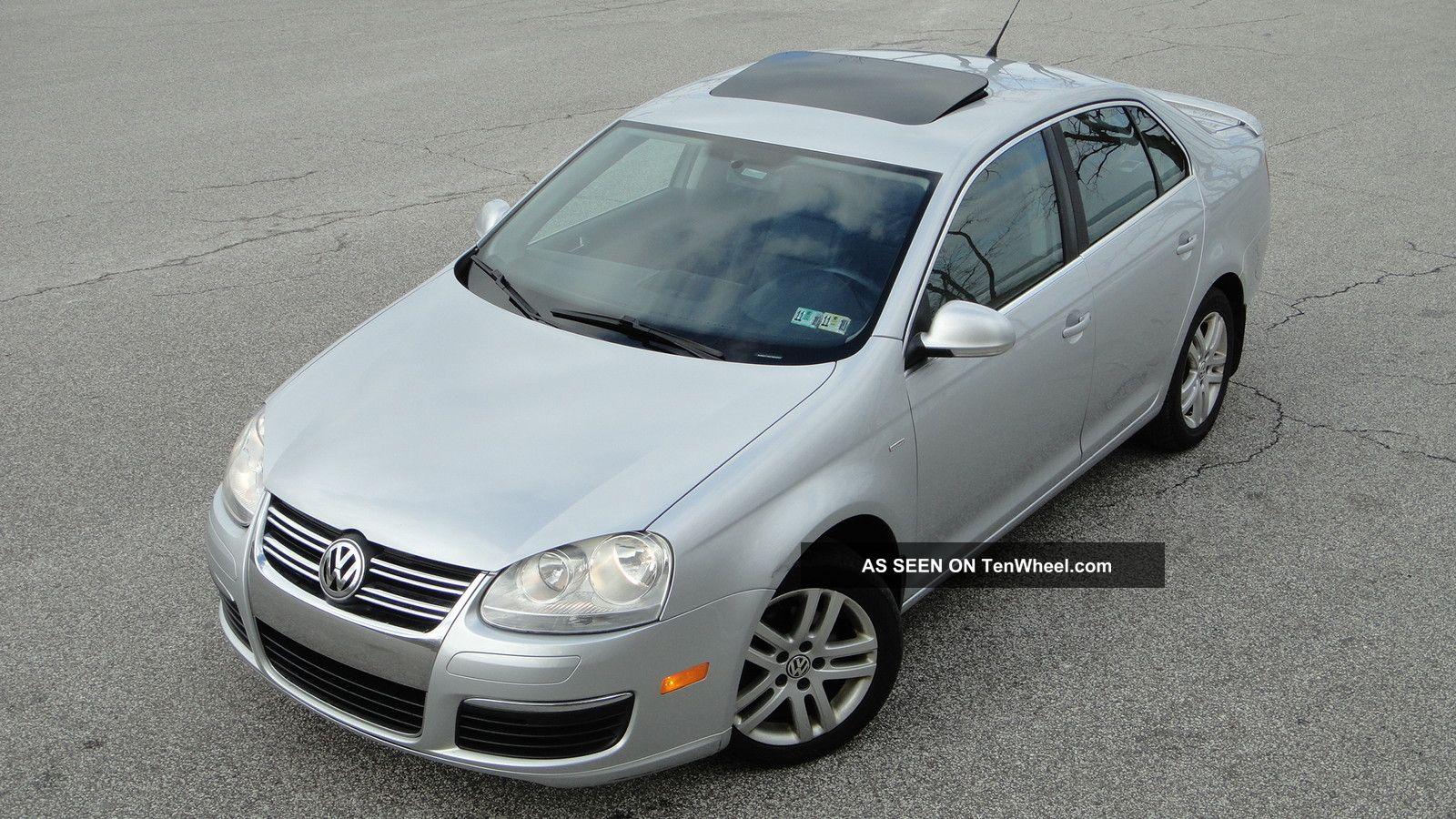 2007 Volkswagen Jetta 2.  5l Wolfsburg Edition Loaded - - Mp3 - - 1owner Jetta photo