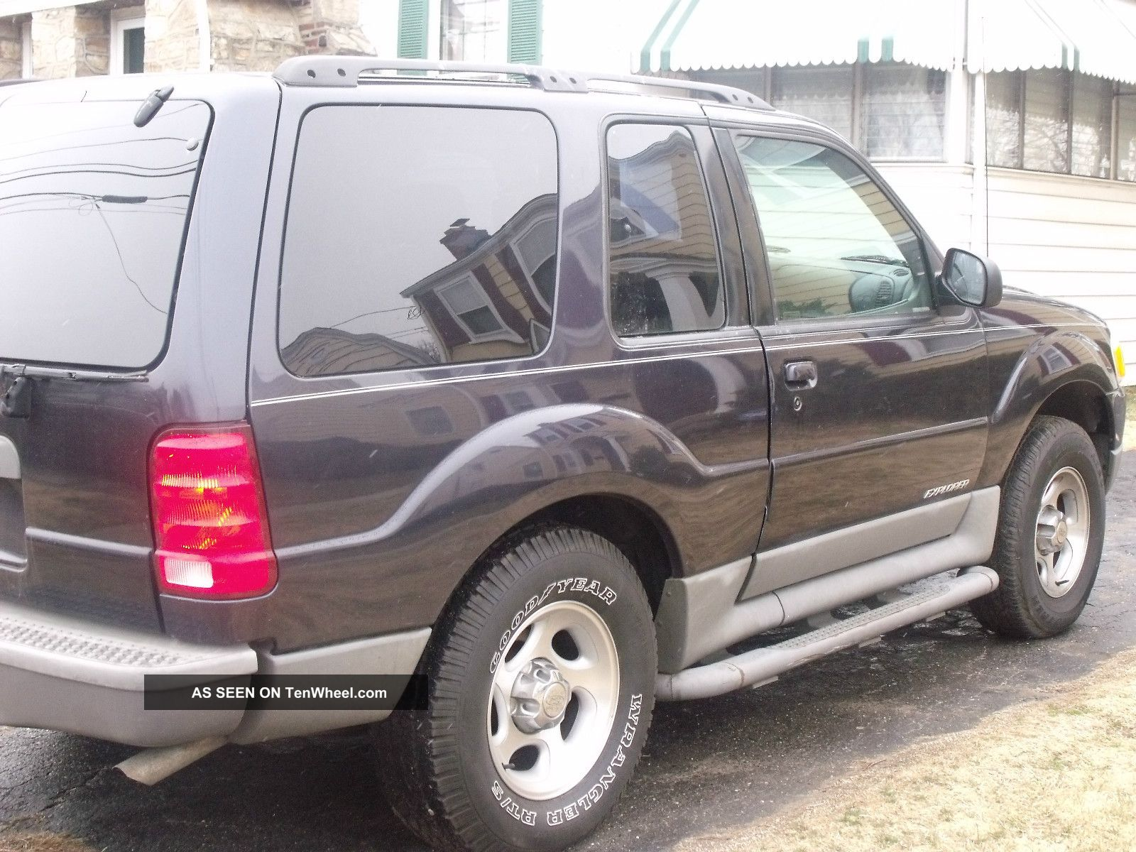 2001 ford explorer 2 door sport all options runs very. Black Bedroom Furniture Sets. Home Design Ideas