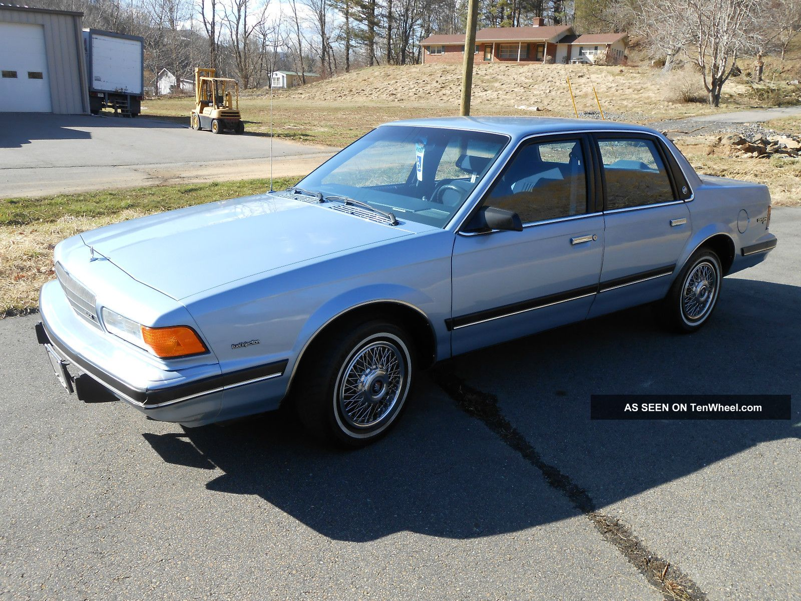 1990 Buick Century Custom Sedan 4 - Door 3.  3l Century photo