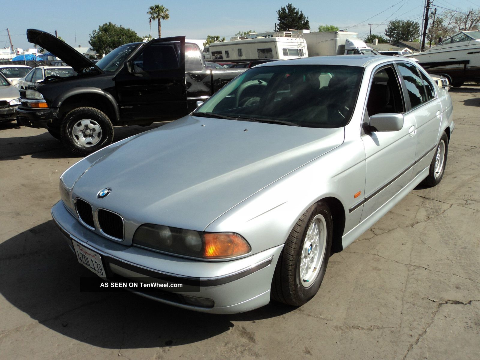 1997 Bmw 528i Base Sedan 4 - Door 2.  8l, 5-Series photo