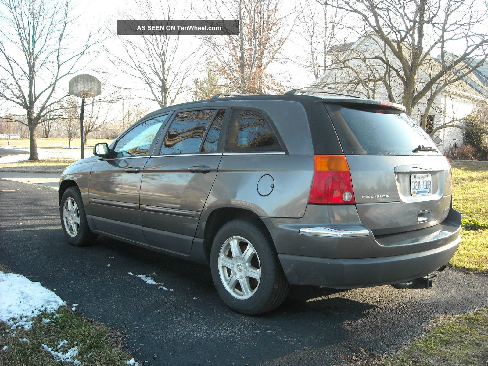 2004 Chrysler Pacifica Black 2004 Chrysler Pacifica Touring
