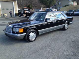 1988 Mercedes Benz 300 Sel S Class Black photo