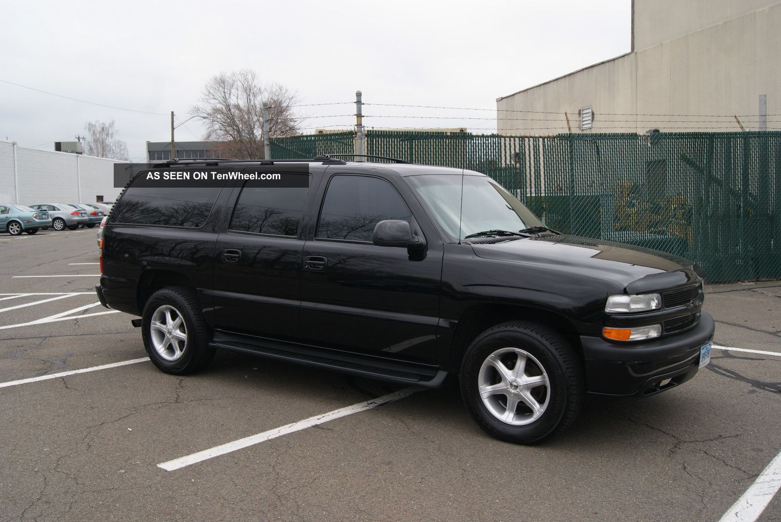Custom 2001 Chevrolet Suburban Lt 4 Tv S Upgraded