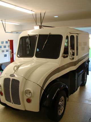 1963 Divco 100 Cx Milk Truck photo