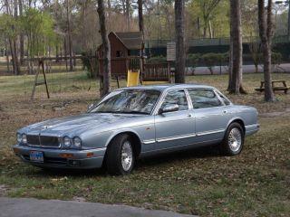 1996 Jaguar Vanden Plas Base Sedan 4 - Door 4.  0l photo