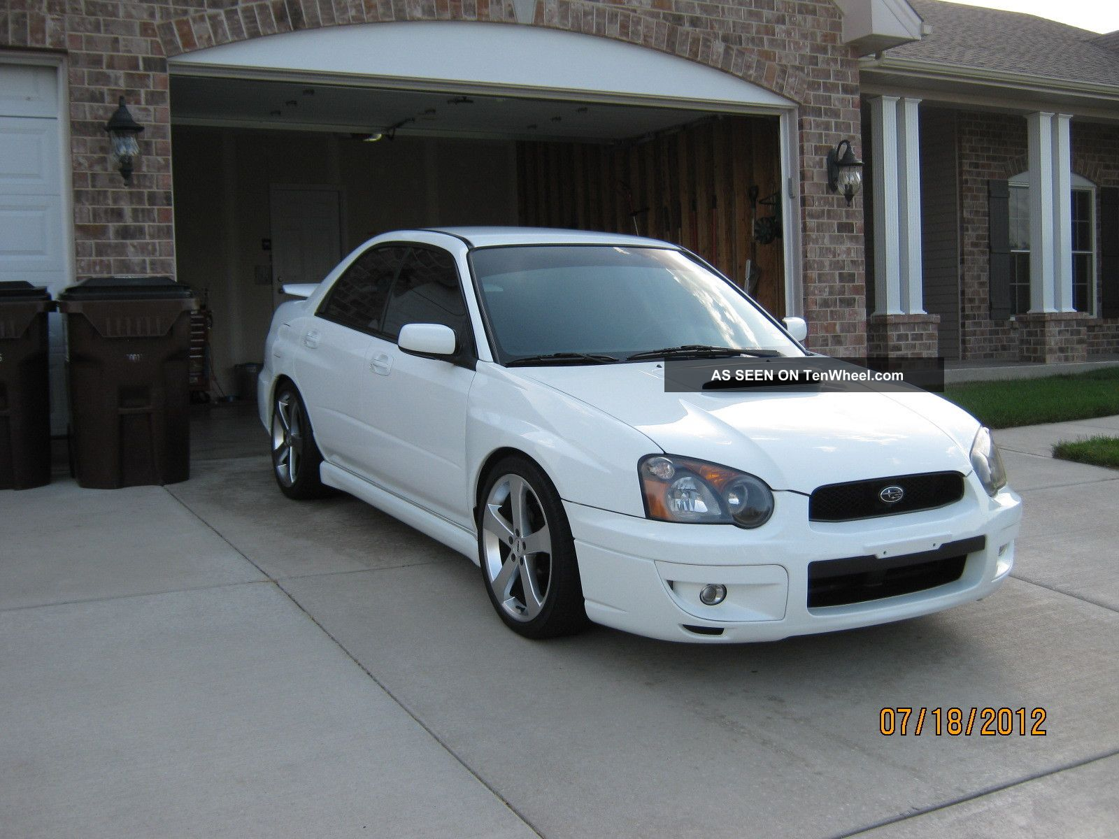 2005 subaru impreza wrx sedan 4 door 2 0l. Black Bedroom Furniture Sets. Home Design Ideas