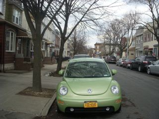 2000 Volkswagen Beetle Gls Hatchback 2 - Door 2.  0l photo