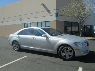 2007 Mercedes - Benz S550 4 - Door 5.  5l photo