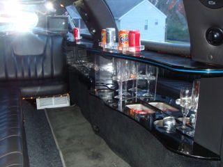 1998 Lincoln Town Car Base Limousine 4 - Door 4.  6l photo