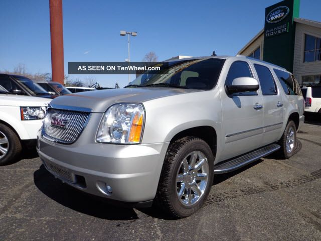 2010 gmc yukon xl 1500 denali sport utility 4 door 6 2l. Black Bedroom Furniture Sets. Home Design Ideas